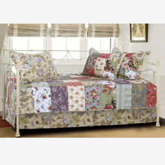 Blooming Prairie Daybed Set by Greenland Home Fashions,