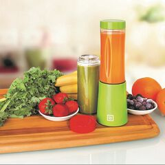 Euro Cuisine Portable Blender for Shakes and Smoothies - 150W Mini Mixx Personal Blender with 2-10oz Tritan Bottles - Small Smoothie Maker for Travel - BPA Free, GREEN