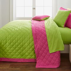 BH Studio Reversible Quilted Bedspread, FUCHSIA GREEN APPLE