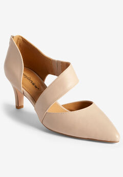 The Braelynn Pump by Comfortview®,