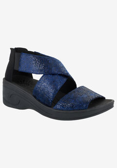 Sublime Sandal by Easy Street®,