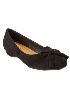 Elise Flats by Comfortview,