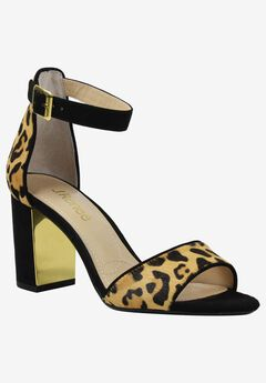 Flaviana Pump by J.Renee®,