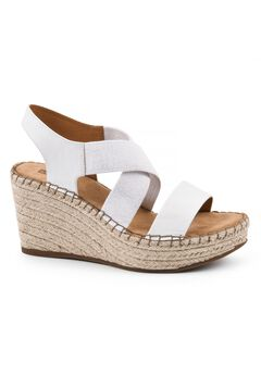Voyage Wedge by White Mountain,