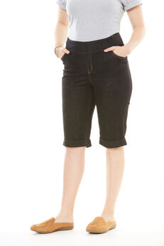 Smooth Waist Bermuda Jean Short,