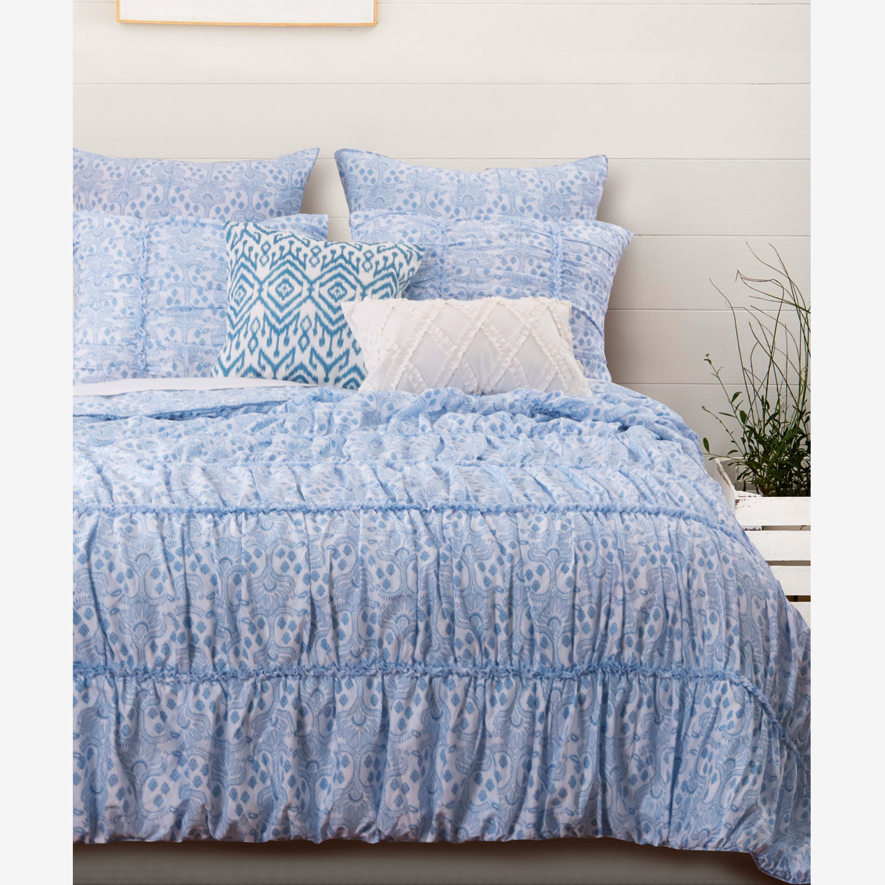 Helena Ruffle Quilt Set by Greenland Home Fashions,