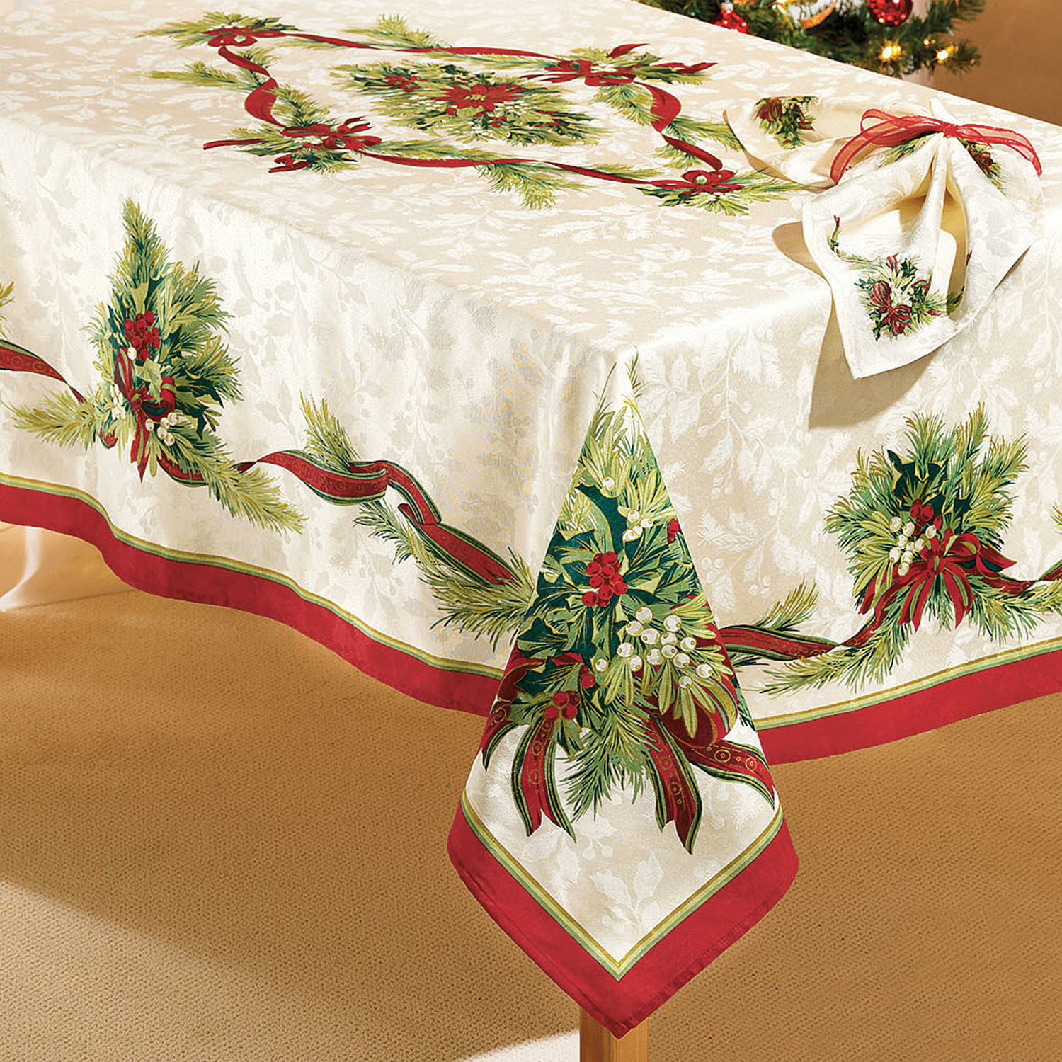 "Christmas Ribbons Tablecloth, 70"" Round, CHRISTMAS RIBBON"