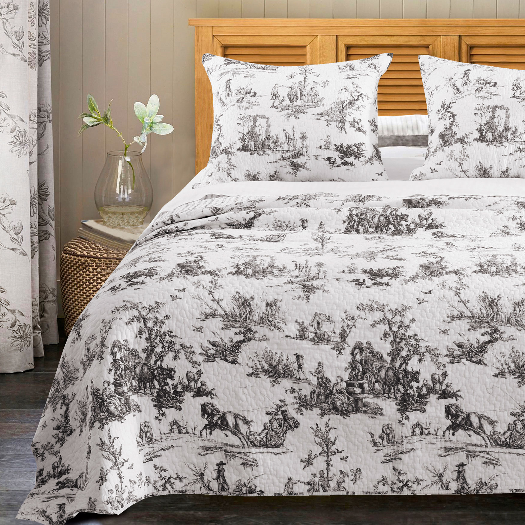 Classic Toile Bedspread Set by Greenland Home Fashions,