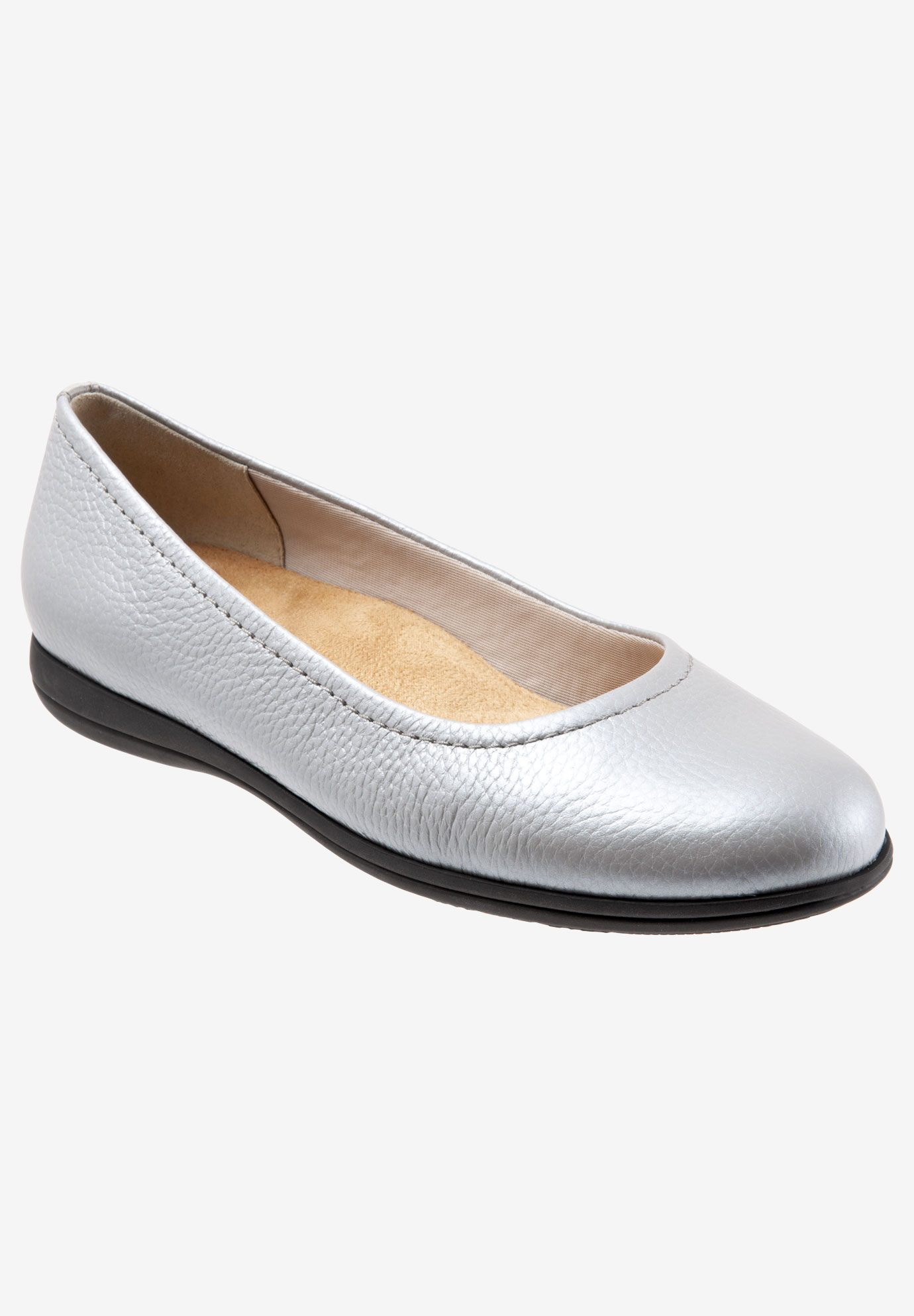 Darcey Flat by Trotters®,