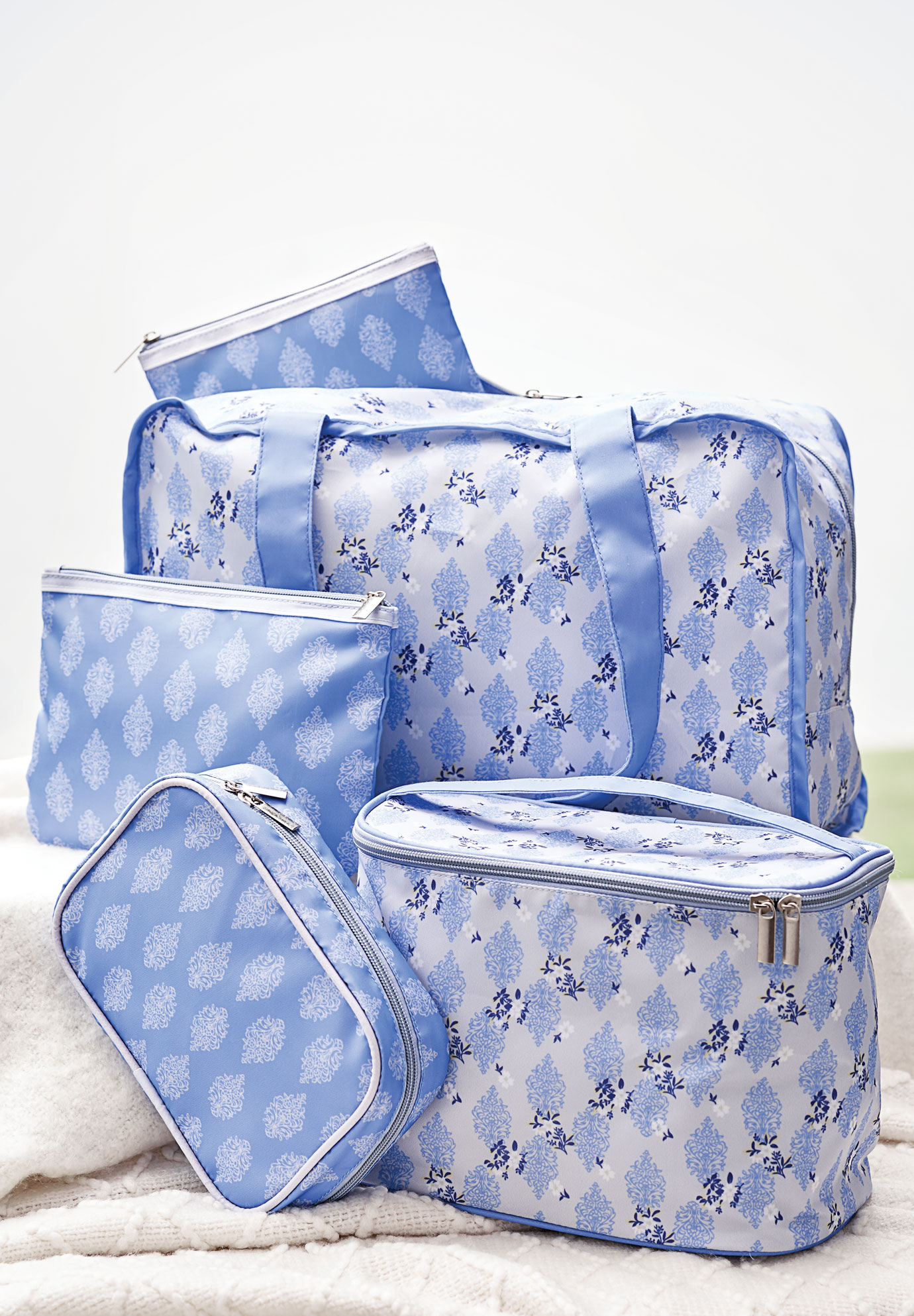 5-Piece Accessory Bag Set, BLUEBERRY CREAM FLORAL PRINT